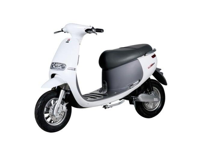 xe máy điện gogolo lima màu trắng